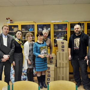 Pamiątkowe zdjęcie z nauczycielami z Jęczmieniszek.
