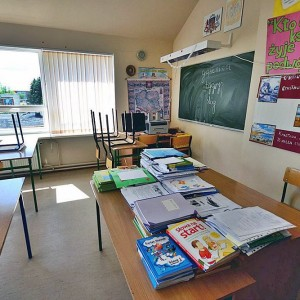 Wyposzażenie klasy do nauki języka polskiego.
