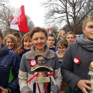 Znicz od uczniów z Polski trafił 11 listopada na wileńską Rossę.